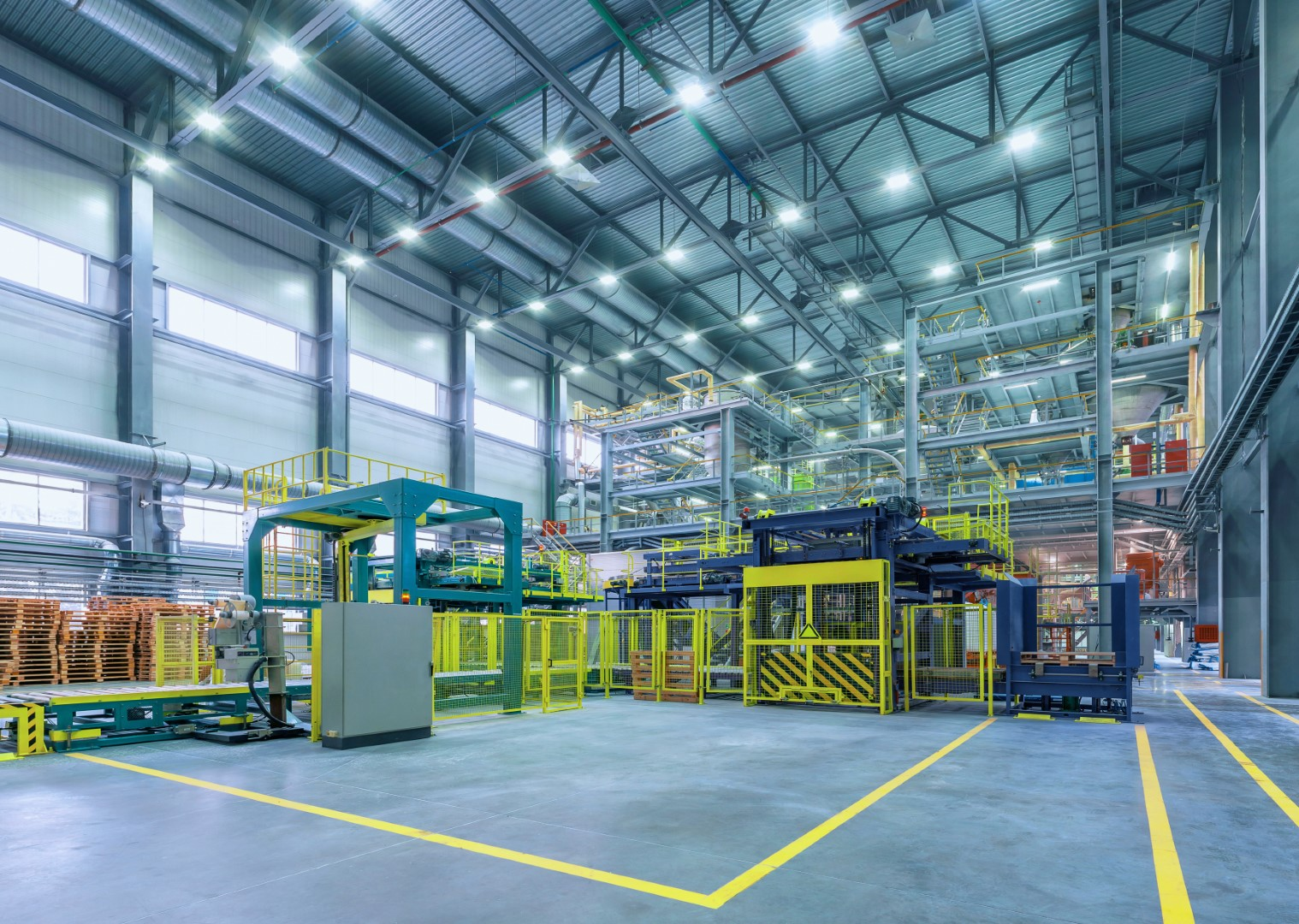 shutterstock 750265378 - RAL – Industrial relocations