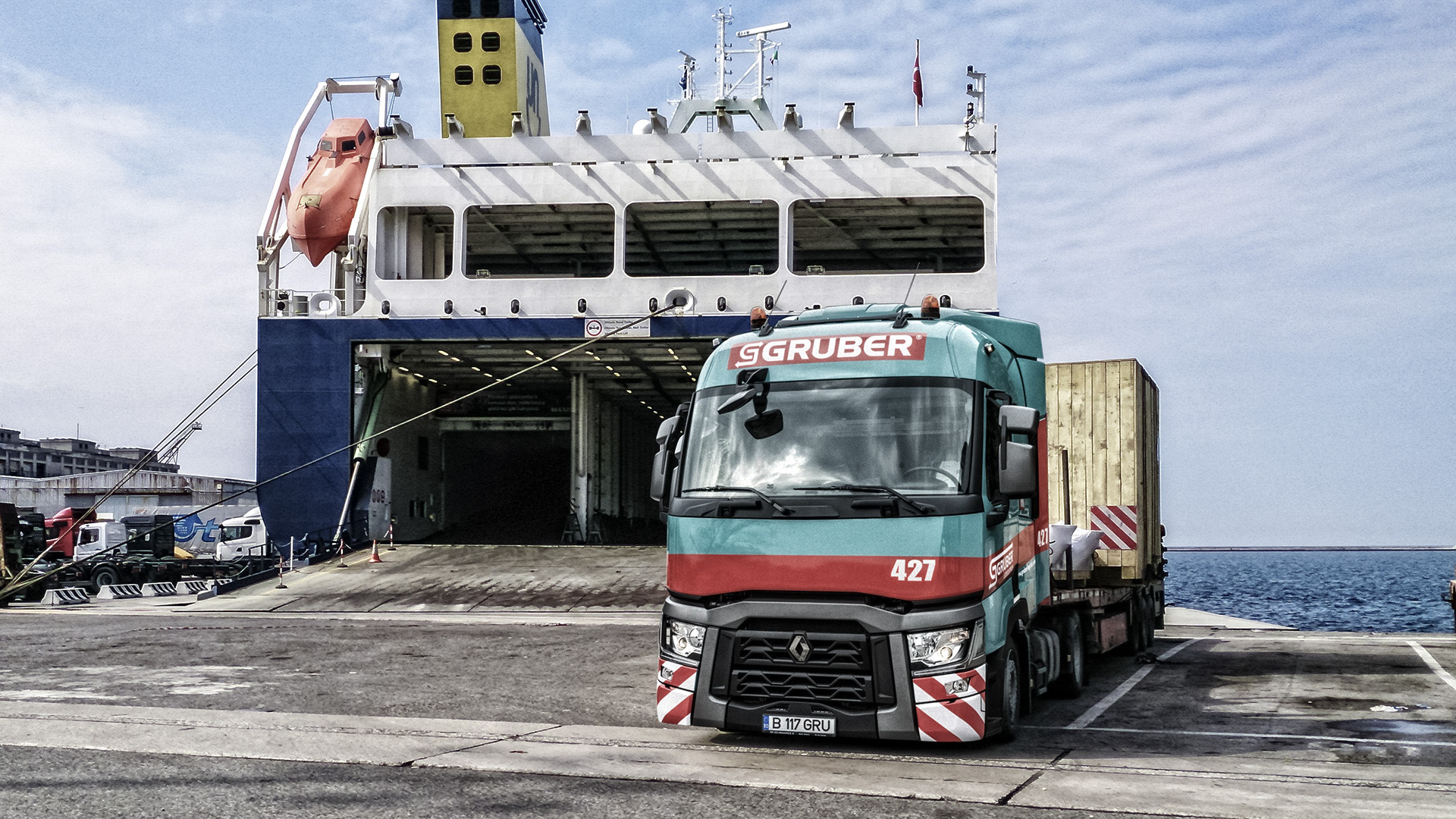 Gruber Logistics opens a new branch in Naples